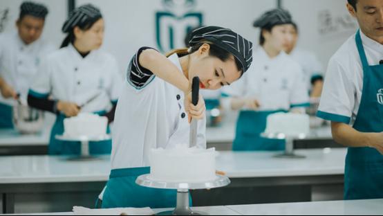 西点烘焙,2018年最有前途的行业!