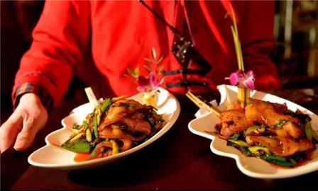 杭州新东方:想开餐饮店创业好不好,有发展前景吗?
