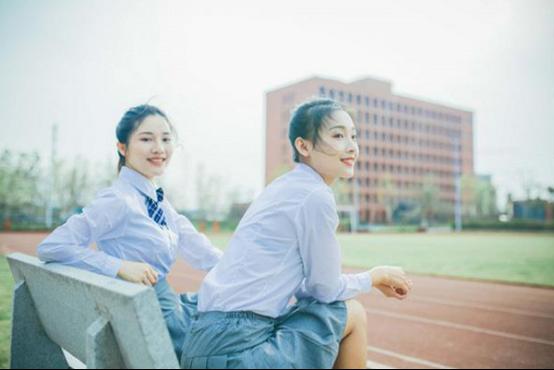江西新華:女生成績不理想 學什么技術好
