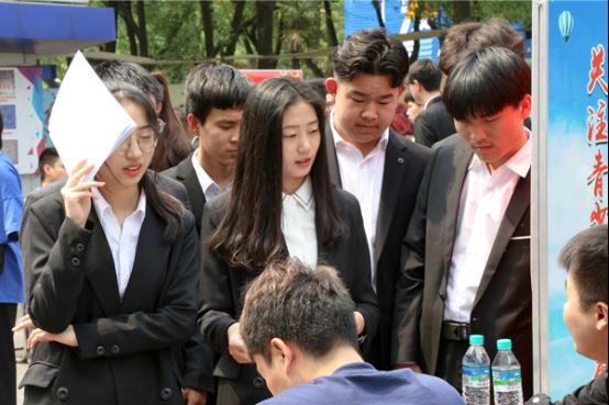 江西新华:女生成绩不理想,学什么技术好?