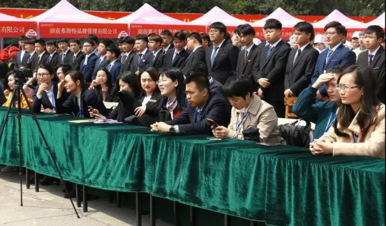 甘肃北方烹饪学校一所学生选择 家长放心的学校