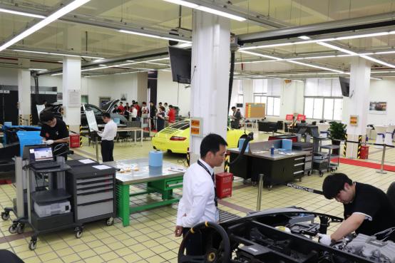 学智能网联、新能源、高端汽车维修,报读上海博世汽修学校好不好?