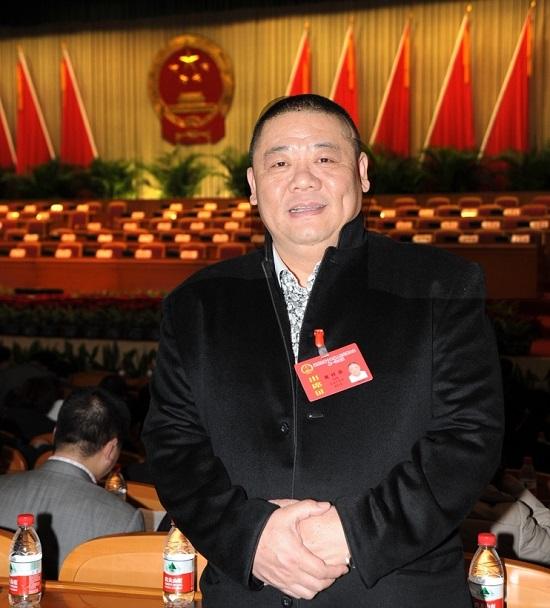 """乡贤黄祥苗:用""""苍商""""企业家精神做公益楷模"""