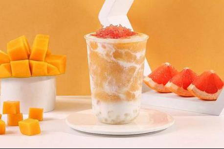 郑州新东方:网红奶茶店排百米长队,奶茶为啥如此火爆?