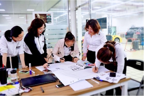 高端汽车学校上海博世汽修学校,学子2020春季被32家保时捷中心录取