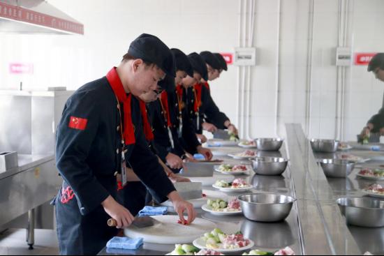 长沙新东方:学技术,厨艺培训学校你值得选择