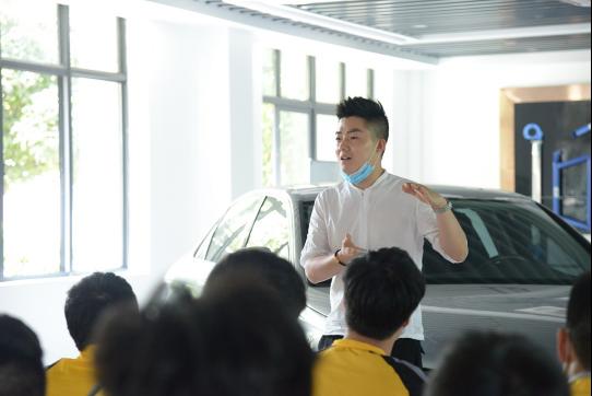 重庆万通:总监讲座丨开启我的职业生涯