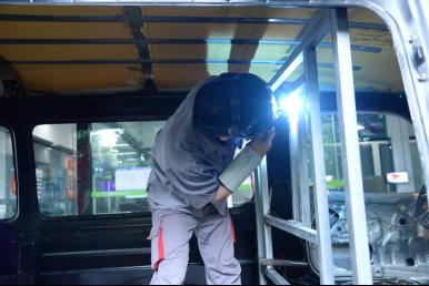 重庆万通:汽车文化节丨房车改装系列报道(第一期)