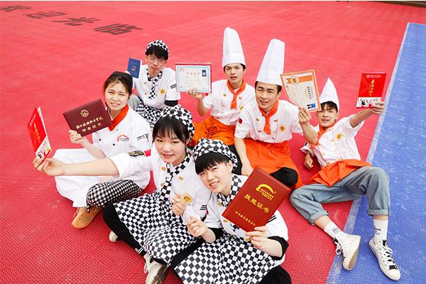 杭州新东方:高考倒计时|告别一考定终身,学一门烹饪技术C位出道!