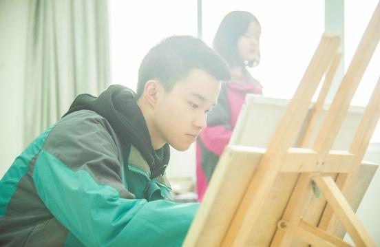 兰州新华:初中毕业生该学什么好就业呢?
