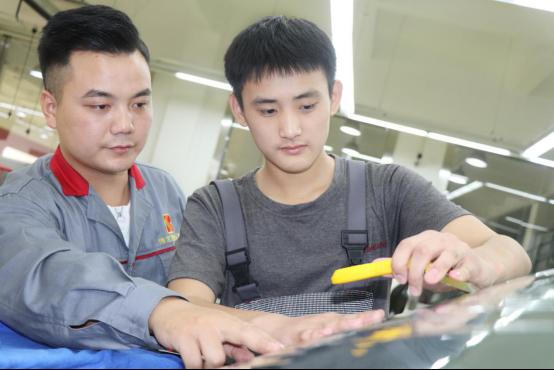 初高中毕业学高端汽车技术,选读哪家汽车学校好?