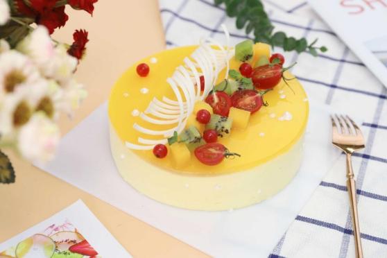 优美西点浪漫七夕|蛋糕不要钱,集赞27个即可免费领!