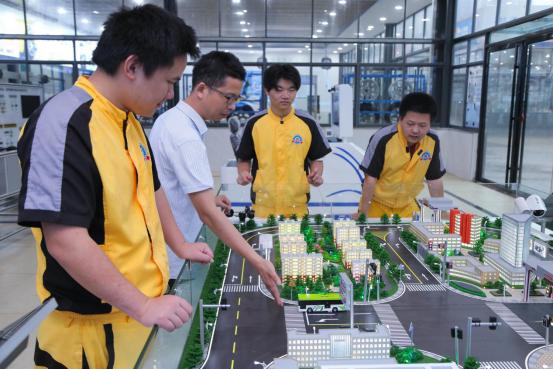 """湖南万通:立足""""新四化"""" 瞄准汽车产业下一个风口"""