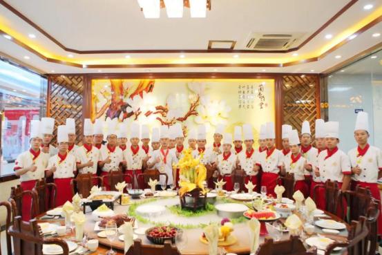 长沙新东方烹饪学院:湖南餐饮培训哪家好?