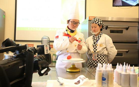 长沙新东方:女生学什么专业好就业?
