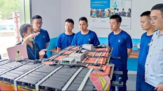 助力退役军人精准创就业,上海博世汽车学校成为退役军人职业技能培训基地
