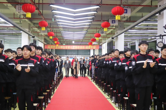 学汽车维修技术哪家好?上海博世汽修学校智能网联汽车检测联名认证专业发布