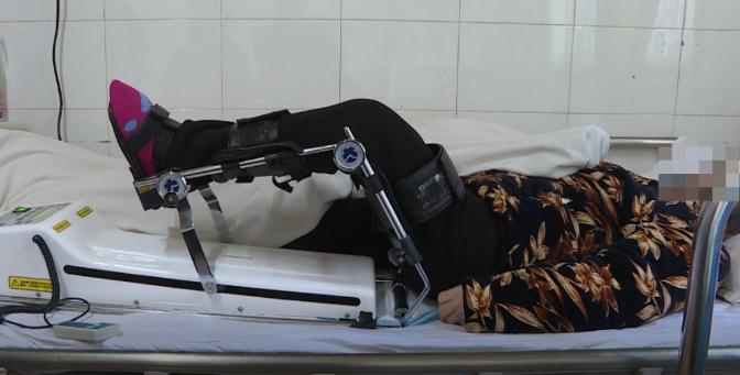大方县中医院成功为93岁高龄患者实施髋关节置换术