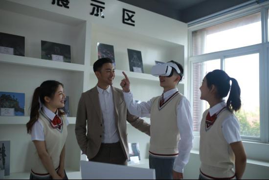 """江西新华升级""""五项能力"""",培养互联网高端技术人才!"""