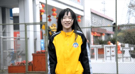 在十八岁的花样青春,来到重庆万通勇敢追梦、迎风奔跑