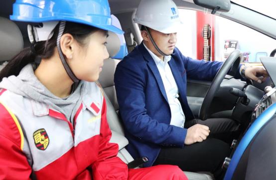 新能源汽车技术就业前景好不好?上海博世汽修学校就业情况怎么样?